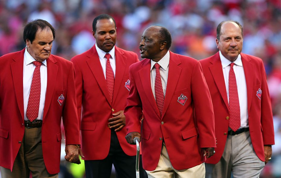 Joe Morgan, second from right, joins Pete Rose, Barry Larkin and Johnny Bench prior to the 2015 All-Star Game in Cincinnati (Getty Images).