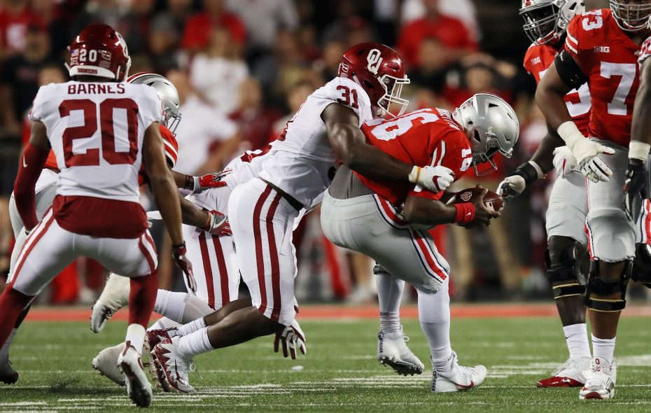 Ogbonnia Okoronkwo (31) of the Oklahoma Sooners would add more juice to Buffalo's outside pass-rush. (Getty Images)