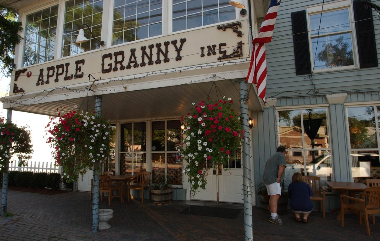 Apple Granny, 433 Center St. in Lewiston, offers up to three free kids meals for kids 12 and under from 4 p.m. to 9 p.m. on Tuesdays. (News File Photo)