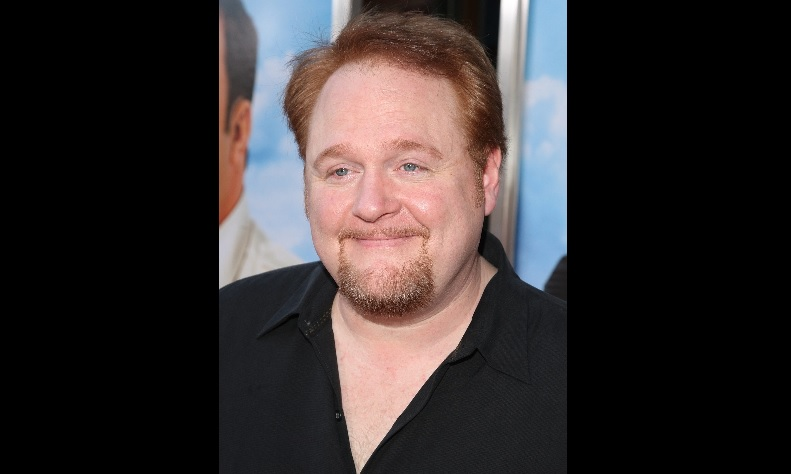 Hollywood writer Nick Bakay attended Nichols School.