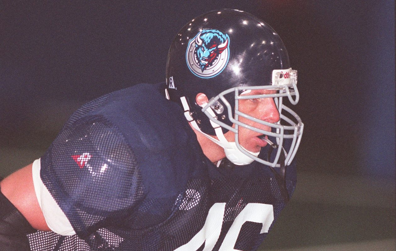 Sean Doctor played for the Buffalo Destroyers of the AFL in 1999. (News file photo)