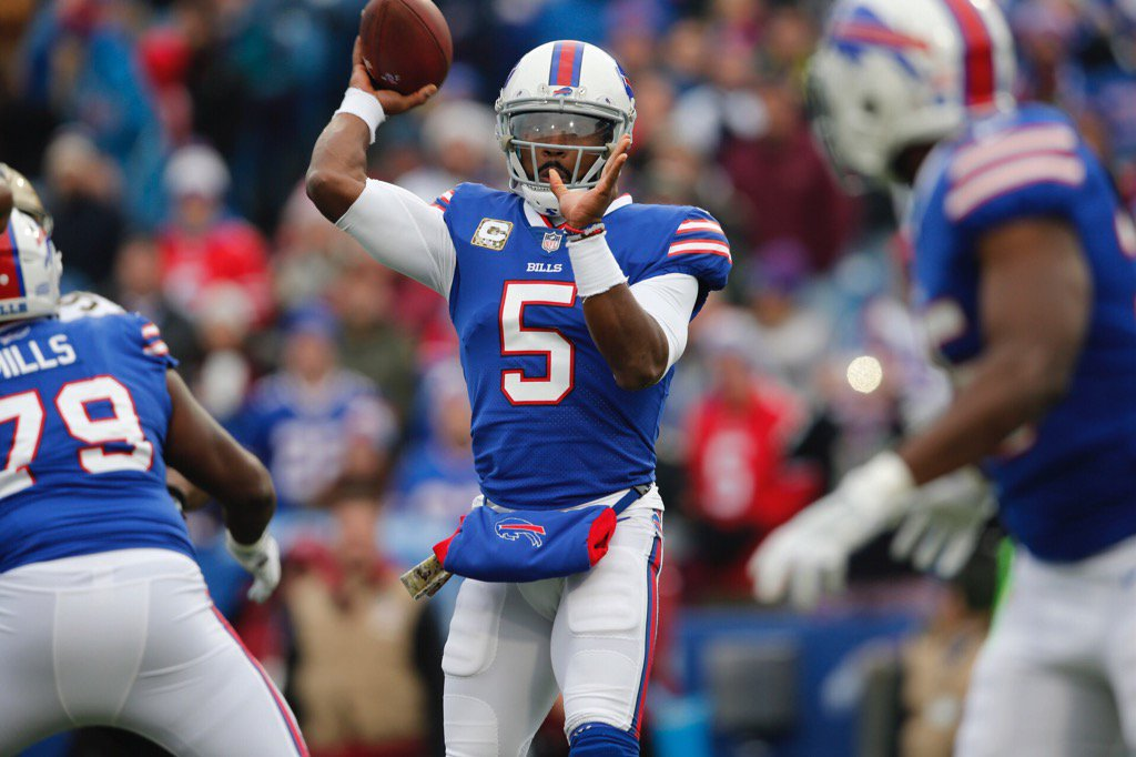 Buffalo Bills quarterback Tyrod Taylor returns to his starting role in Week 12. (Derek Gee/Buffalo News)