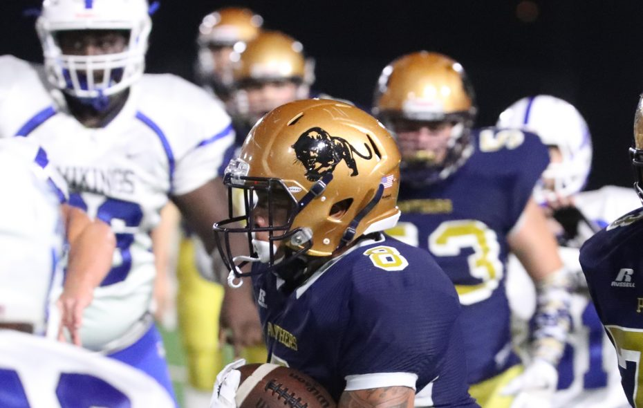 Sweet Home's Dylan McDuffie is opting to stay close to home for college in verbally committing to University at Buffalo.  (James P. McCoy / Buffalo News)