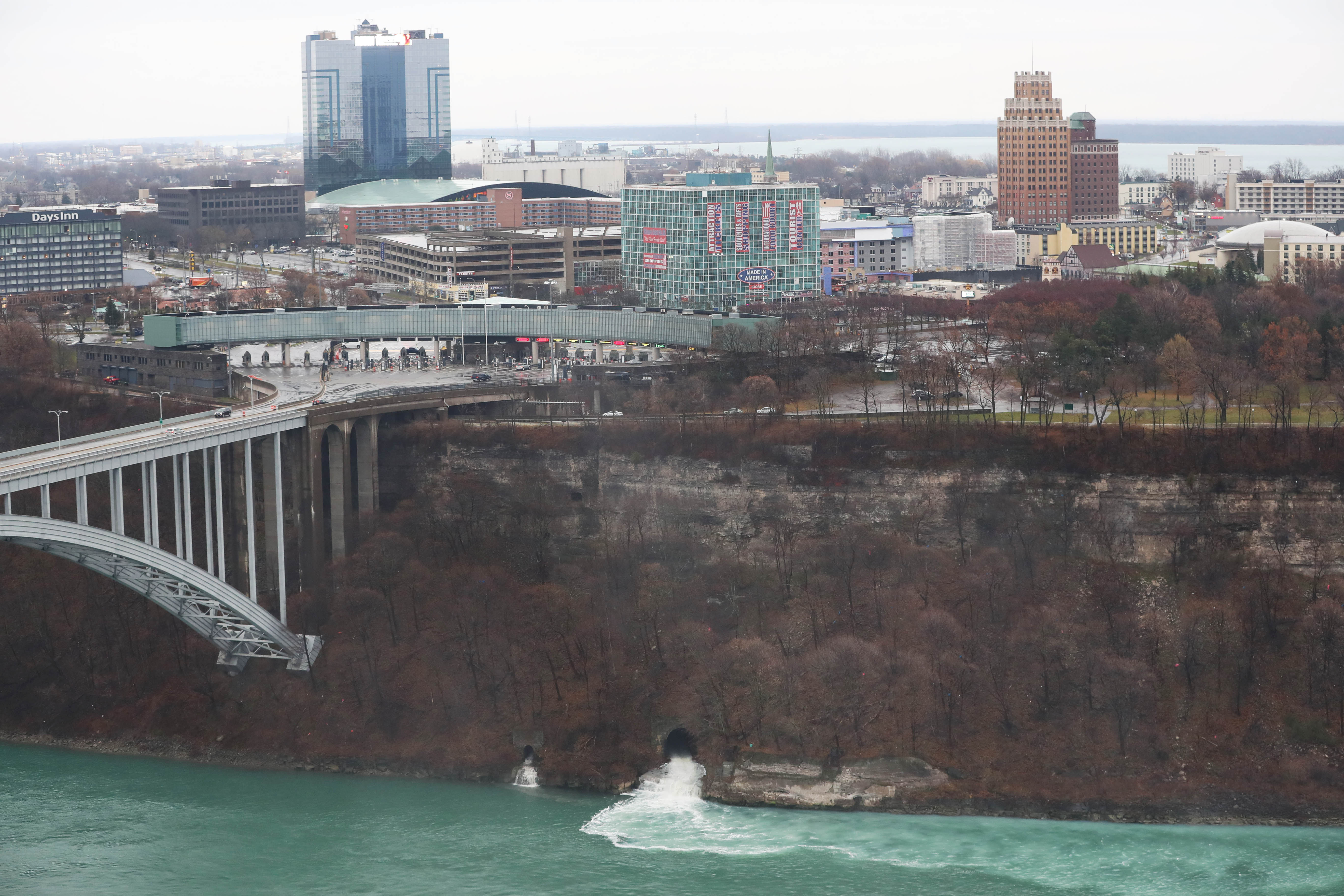 engineer  can u2019t avoid discolored discharge from niagara