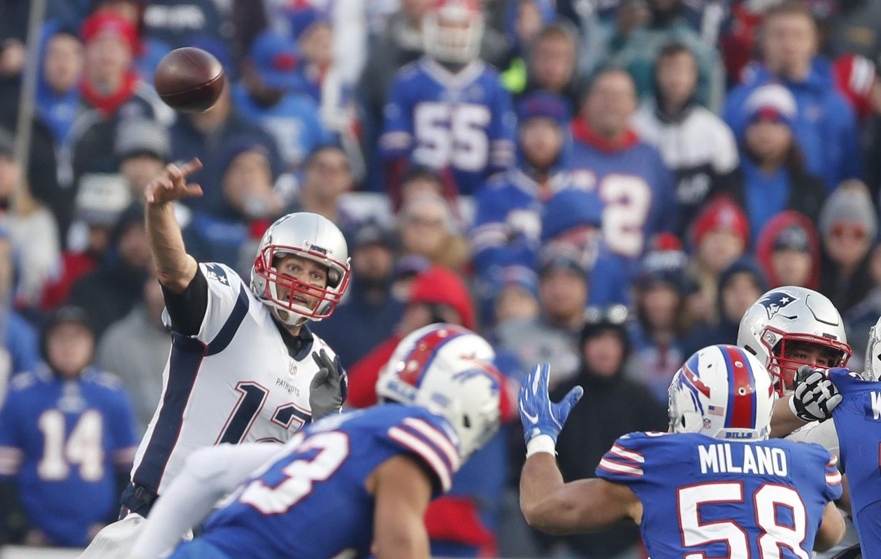 Tom Brady stuck mostly to underneath throws. (Mark Mulville/Buffalo News)