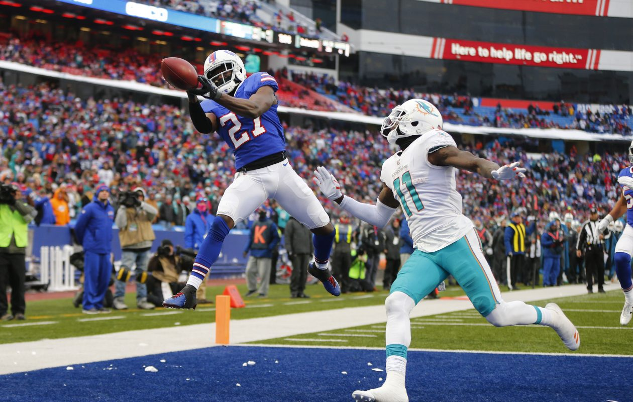 Buffalo Bills Tre'Davious White can't haul in a pass intended for Miami Dolphins DeVante Parker in the fourth quarter of their 2017 game. (Mark Mulville/Buffalo News)