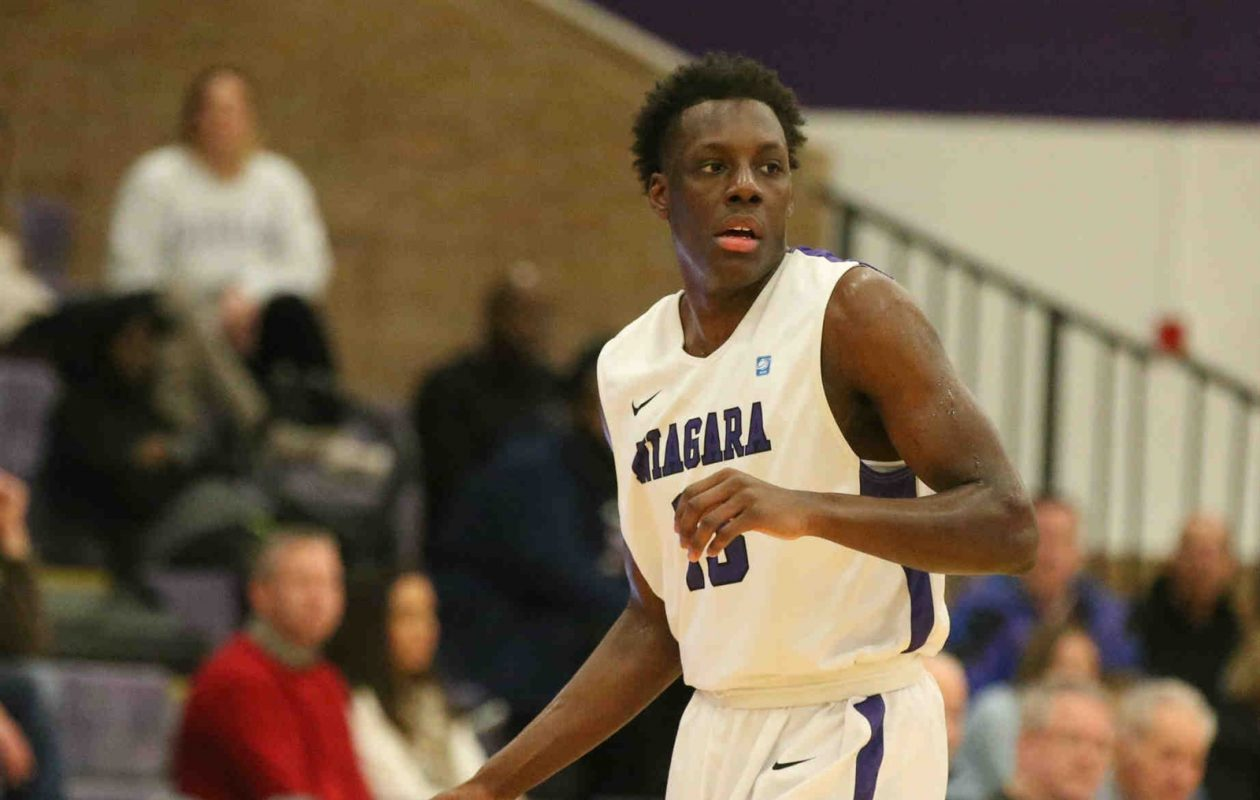 Niagara's Matt Scott ranks fifth in the country in points per game, averaging 23.9. (James P. McCoy/Buffalo News)