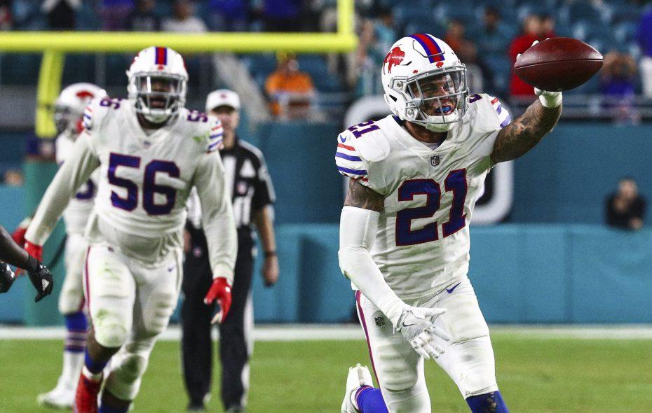 Buffalo Bills free safety Jordan Poyer (21) celebrates after intercepting Miami Dolphins quarterback David Fales (9) during the fourth quarter at Hard Rock Stadium in Miami Gardens, Florida on Sunday, Dec. 31, 2017.  (James P. McCoy / Buffalo News)