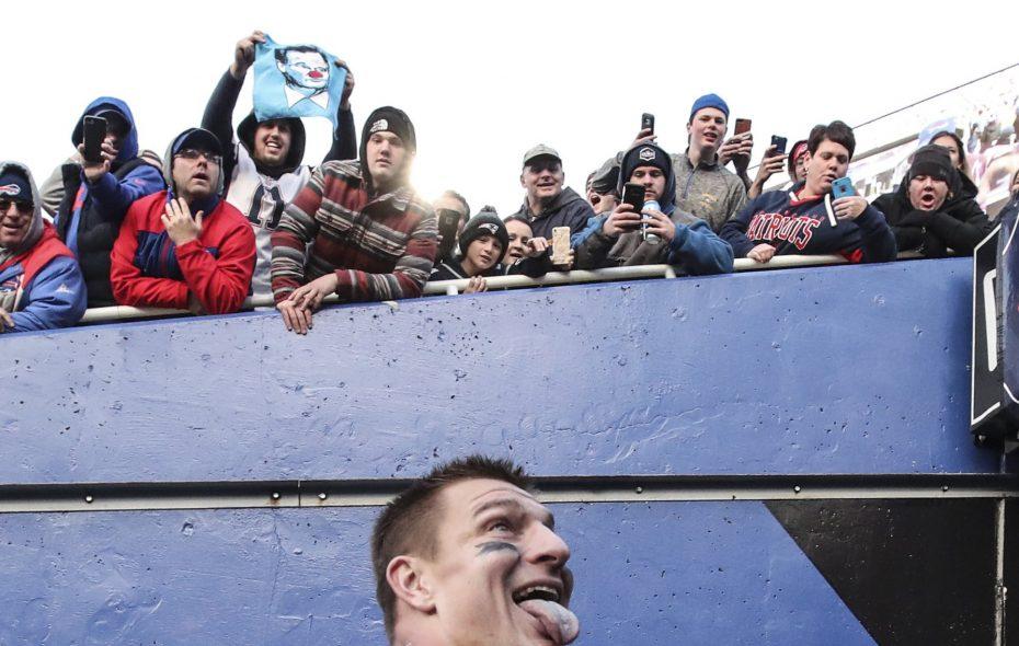 New England Patriots tight end Rob Gronkowski (James P. McCoy/Buffalo News)