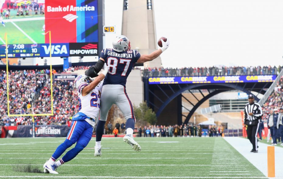 Rob Gronkowski of the New England Patriots catches a touchdown pass (Maddie Meyer/Getty Images)