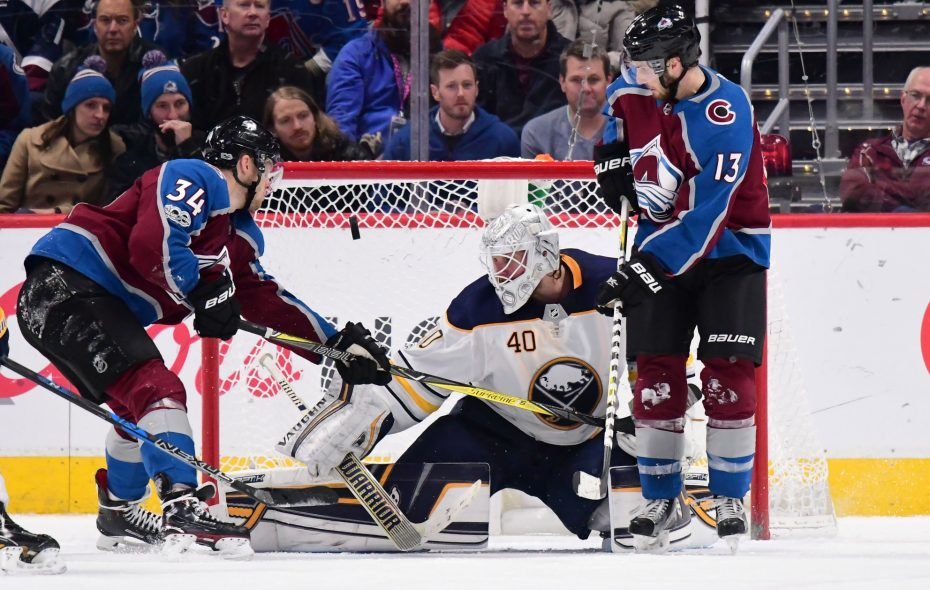 Robin Lehner stymies Colorado's Carl Soderberg (34) and Alex Kerfoot (13) Tuesday night in Denver (USA Today Sports).