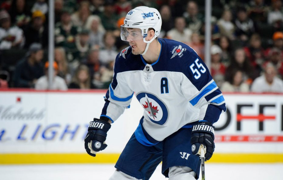 Best player in the NHL nobody knows? Winnipeg's Mark Scheifele has seven points in his last three games -- and 32 points in 26 games this season (Getty Images).