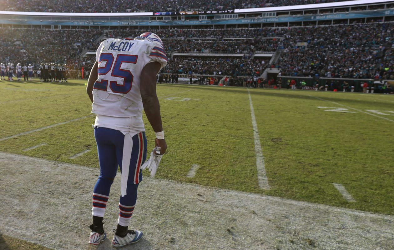 Buffalo Bills running back LeSean McCoy (25) stands all by himself on the sidelines with the clock at just a few seconds left in the Jacksonville Jaguars 10-3 win at EverBank Field in Jacksonville, Fla., on Sunday, Jan. 7, 2018. (James P. McCoy/Buffalo News)