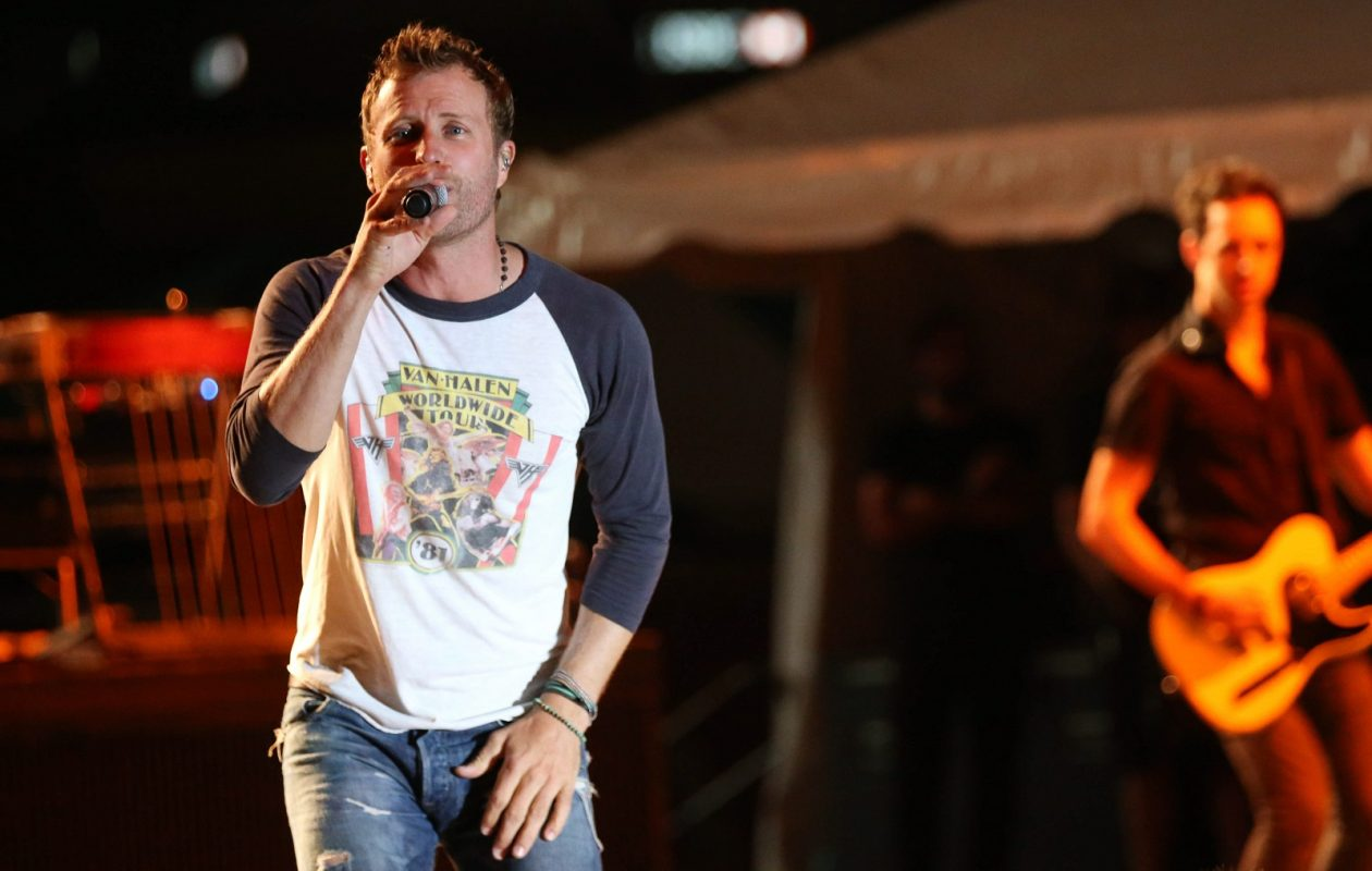 Dierks Bentley, pictured performing at the Taste of Country in 2015, is one of the major names coming to Darien Lake. (Sharon Cantillon/Buffalo News)