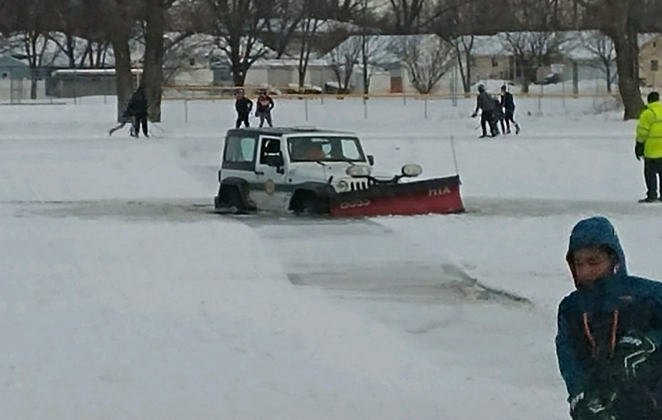 City of Tonawanda Park plow goes through thin ice in Ives Park Pond