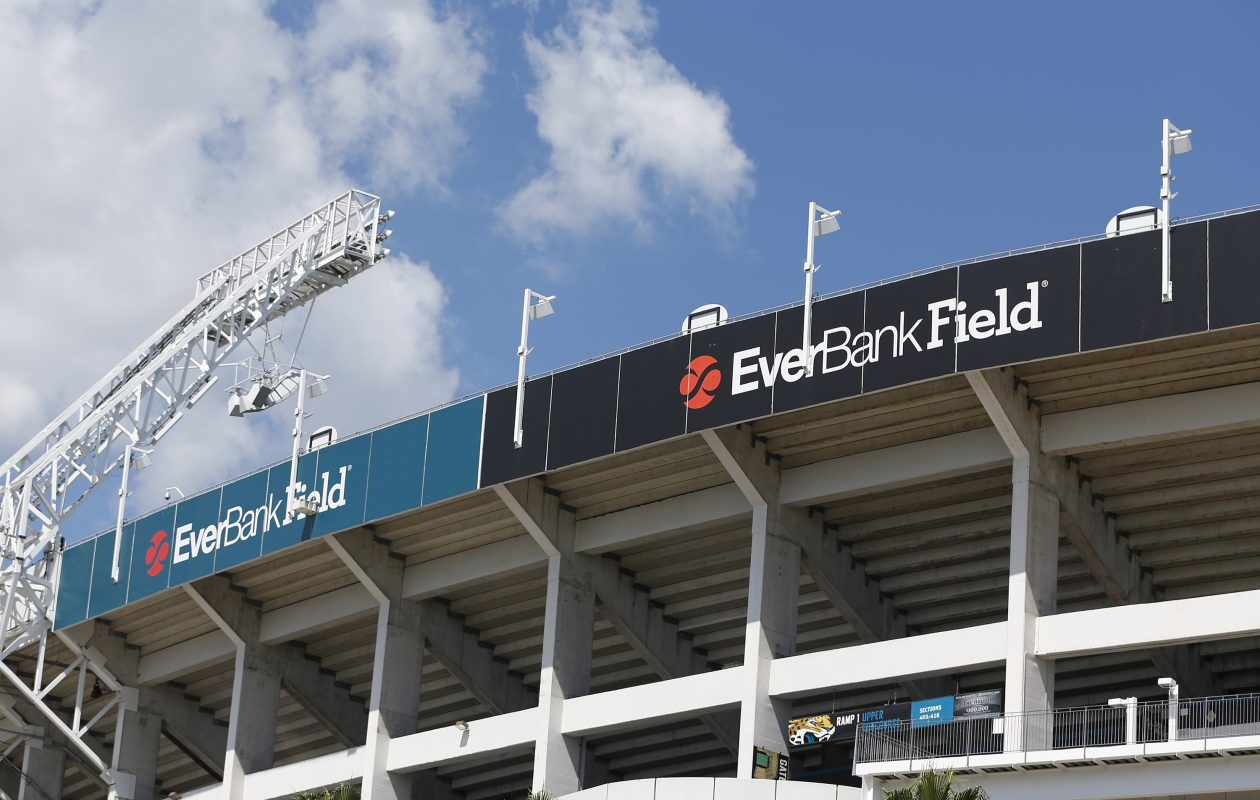 The game will be at 1 p.m. Sunday at EverBank Field  in Jacksonville, Fla.  (Getty Images)