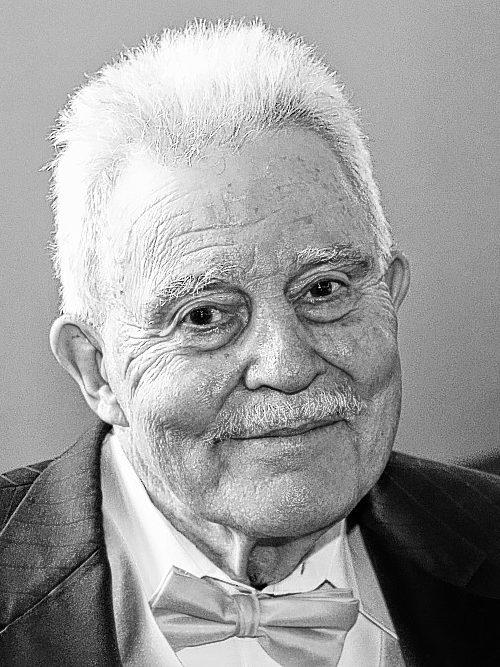 VANDERHOEK, David G.