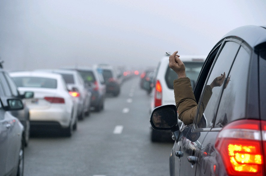 Erie County should approve a measure to ban smoking in cars when children are inside. (Getty Images)