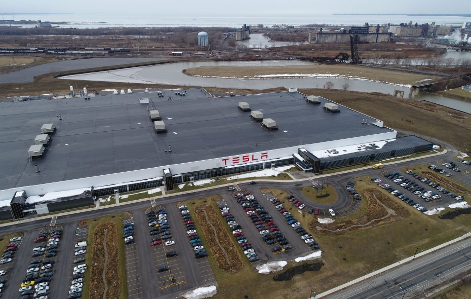 Tesla says solar roof production is rising in Buffalo – The