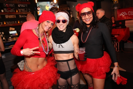Smiles at Cupid's Undie Run at Thin Man