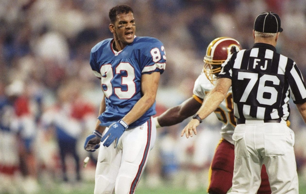 Wide receiver Andre Reed of the Buffalo Bills is upset during Super Bowl XXVI against the Washington Redskins at Humpert H. Humphrey Metrodome in Minneapolis, Minn., on Jan. 26, 1992. The Redskins won, 37-24. (Mike Powell/Allsport)