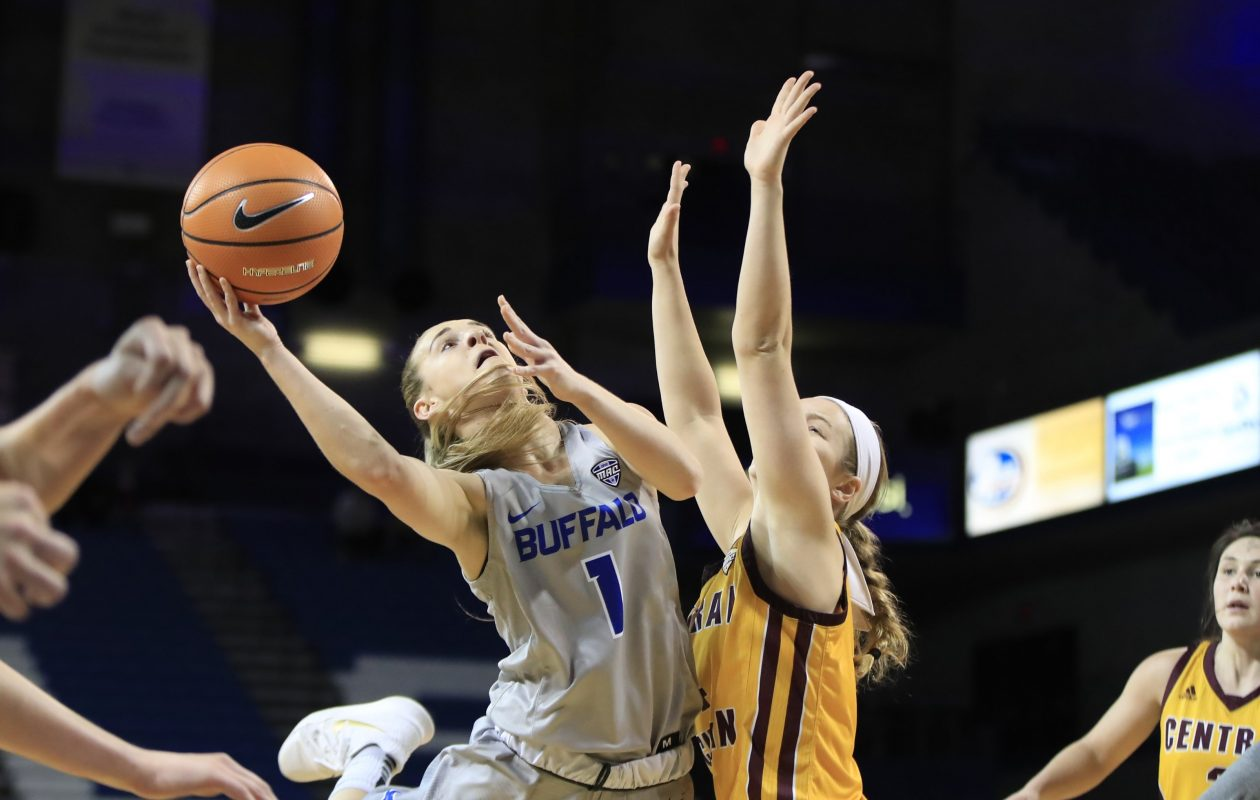 University at Buffalo guard Stephanie Reid goes up for a layup in the Bulls' 85-82 victory against Central Michigan on Wednesday. (Harry Scull Jr. / Buffalo News)