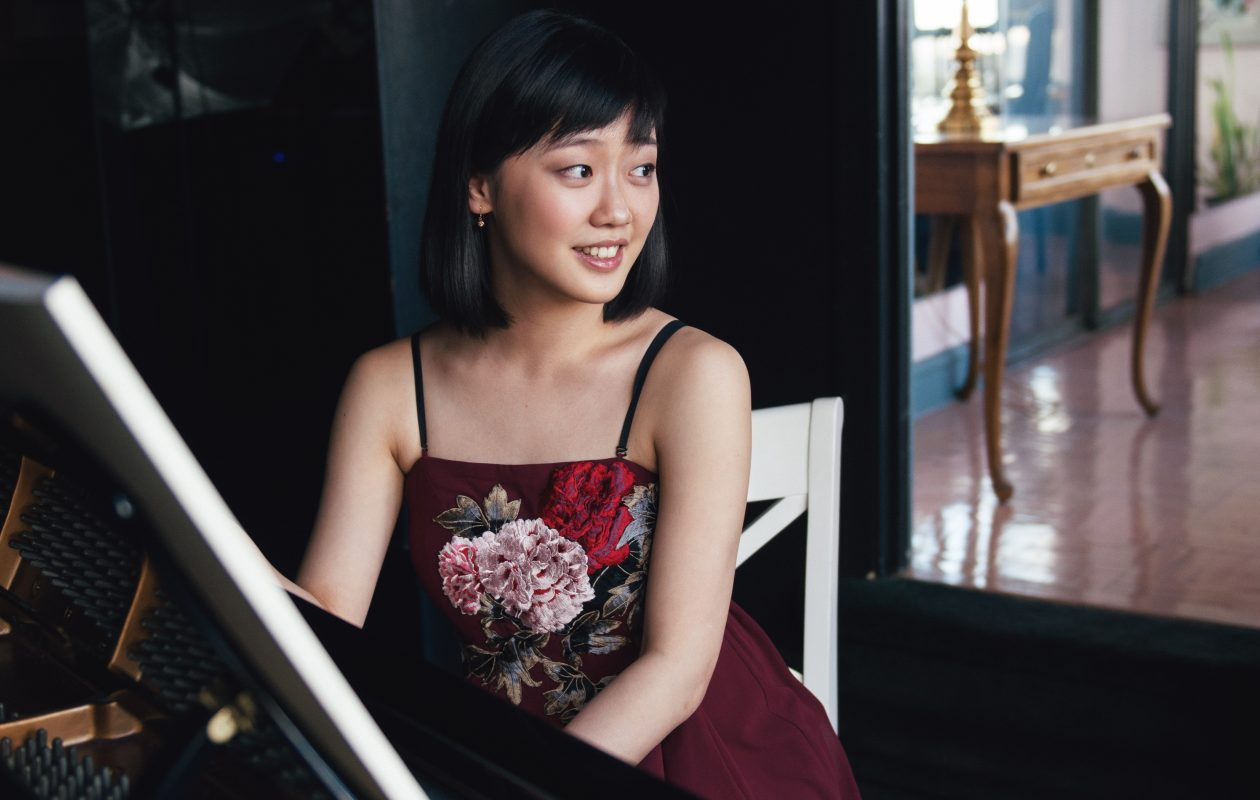 Fei-Fei Dong is going to show Buffalo what she can do at the piano. Photo by Jiyang Chen.