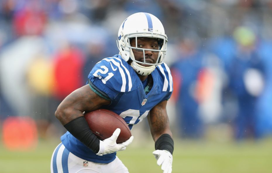 Vontae Davis, formerly with the Indianapolis Colts, is now officially a Buffalo Bill. (Getty Images)
