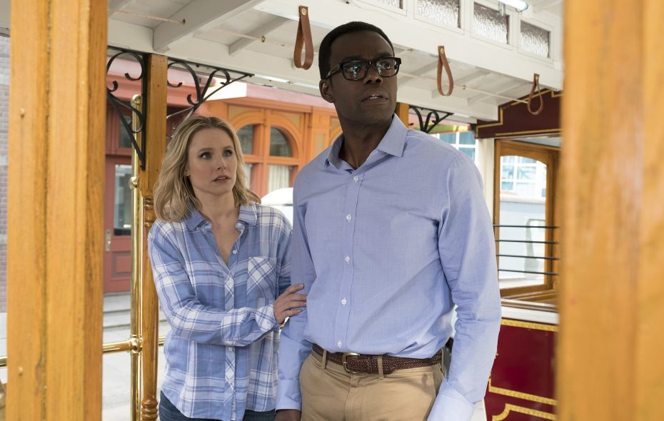 """Kristen Bell and William Jackson Harper have great chemistry in """"The Good Place."""" (Photo by: Colleen Hayes/NBC)"""