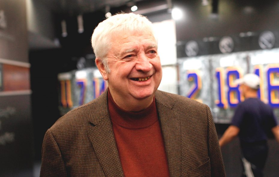 Sabres fans quickly took home a likeness of Sabres announcer Rick Jeanneret. (Derek Gee/News file photo)