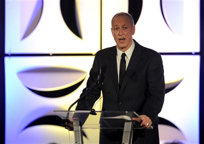 Jim Kelly speaks at cancer foundation dinner