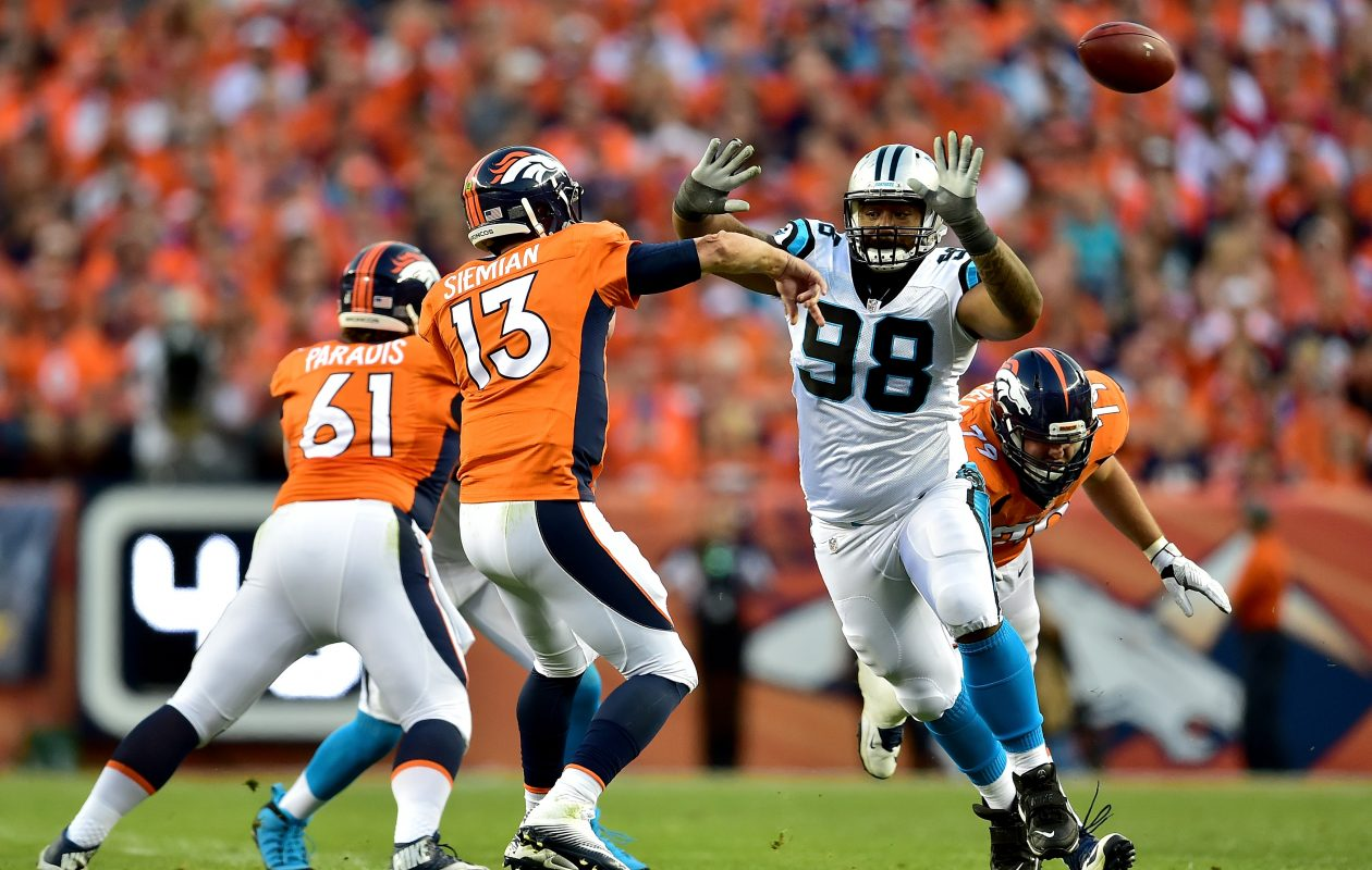 Panthers defensive tackle Star Lotulelei (98) is reportedly joining the Buffalo Bills. (Getty Images)