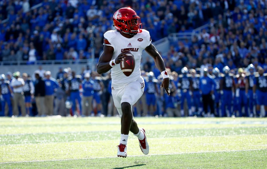 Lamar Jackson of the Louisville Cardinals runs with the ball against the Kentucky Wildcats during the game at Commonwealth Stadium on Nov. 25, 2017, in Lexington, Ky. (Andy Lyons/Getty Images)