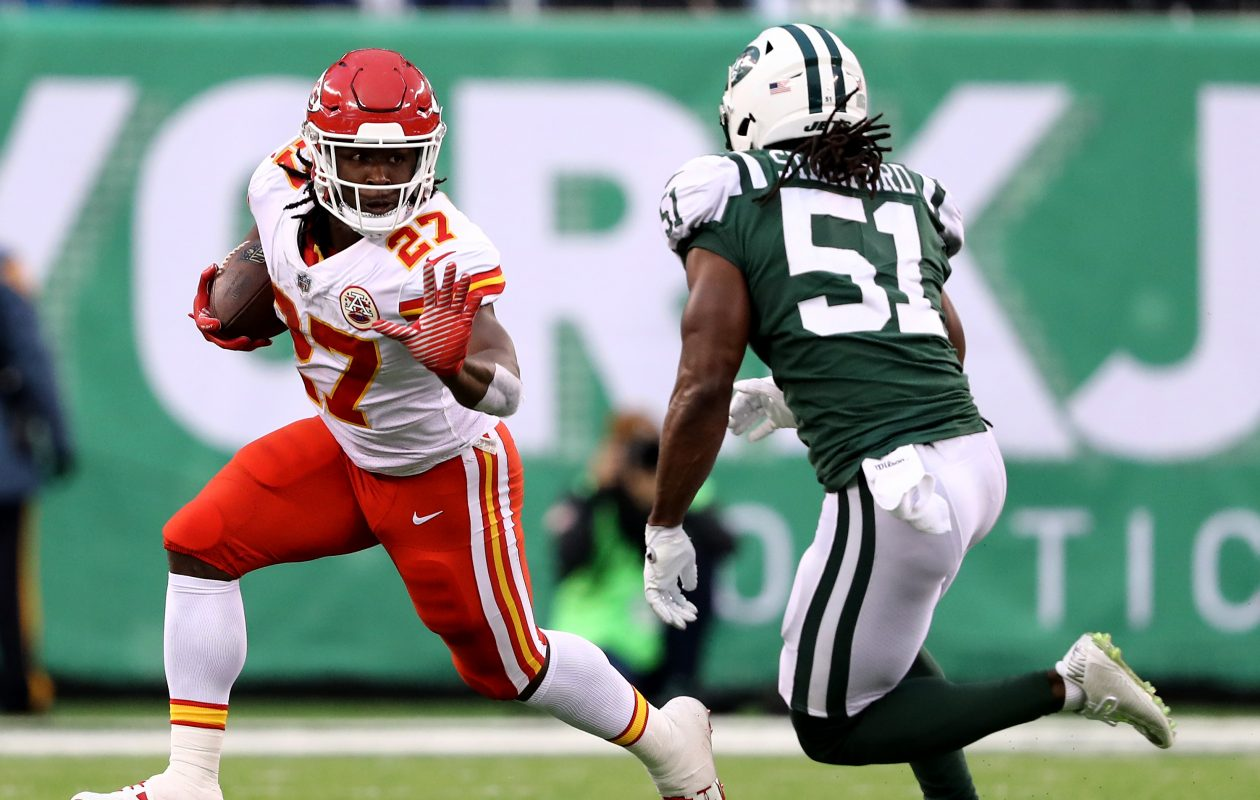 Former Jets linebacker Julian Stanford is expected to be a key contributor on special teams for the Buffalo Bills. (Getty Images)