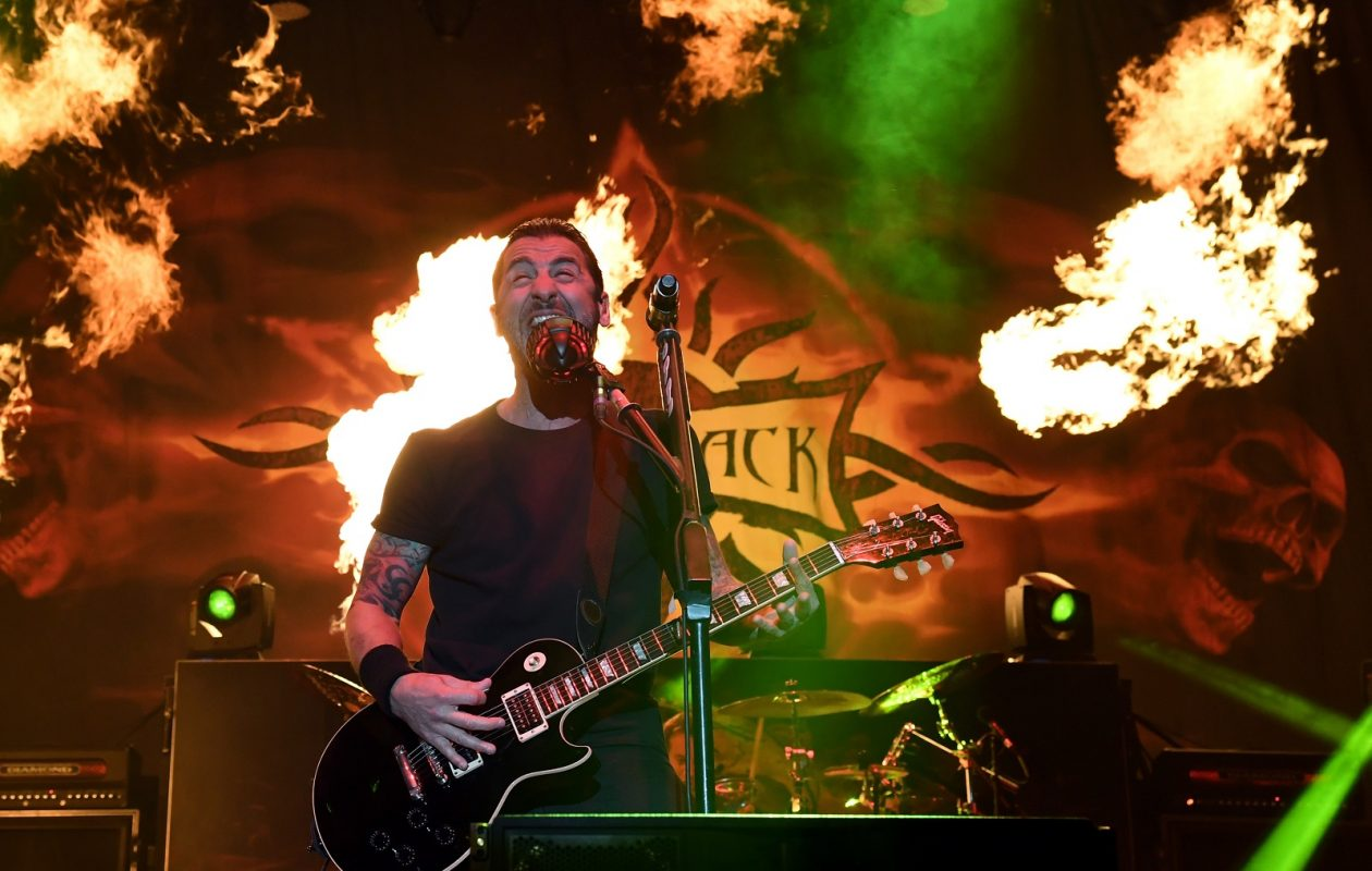 Godsmack frontman Sully Erna performs in Las Vegas in 2017. His band will play Darien Lake this summer. (Ethan Miller/Getty Images)