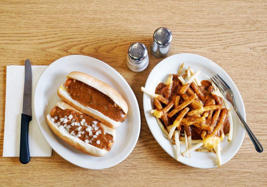 Louie's Texas Red Hots | Renaissance man with a hot dog | Buffalo Magazine