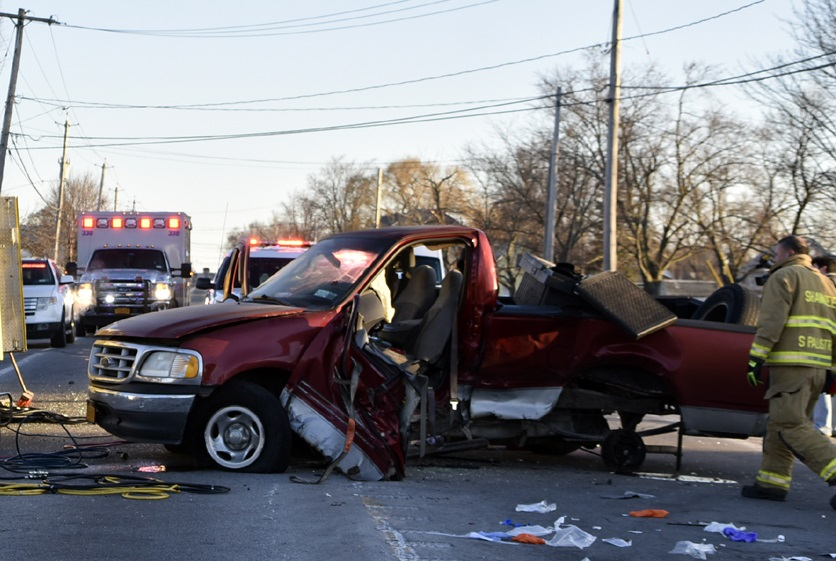 Police were on the scene of this motor vehicle accident around 6:35 a.m. today. (Photo by Larry Kensinger)