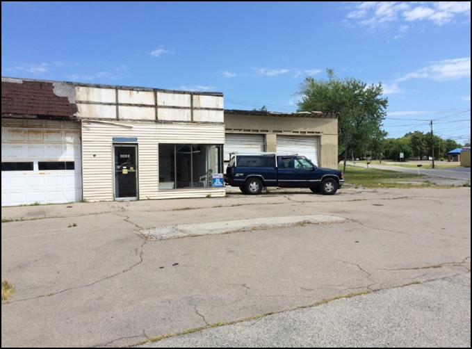 The former tire store and gas station at 4435 Military Road, Town of Niagara, to be cleaned up in a Niagara County brownfield program. (Courtesy Niagara County Center for Economic Development)