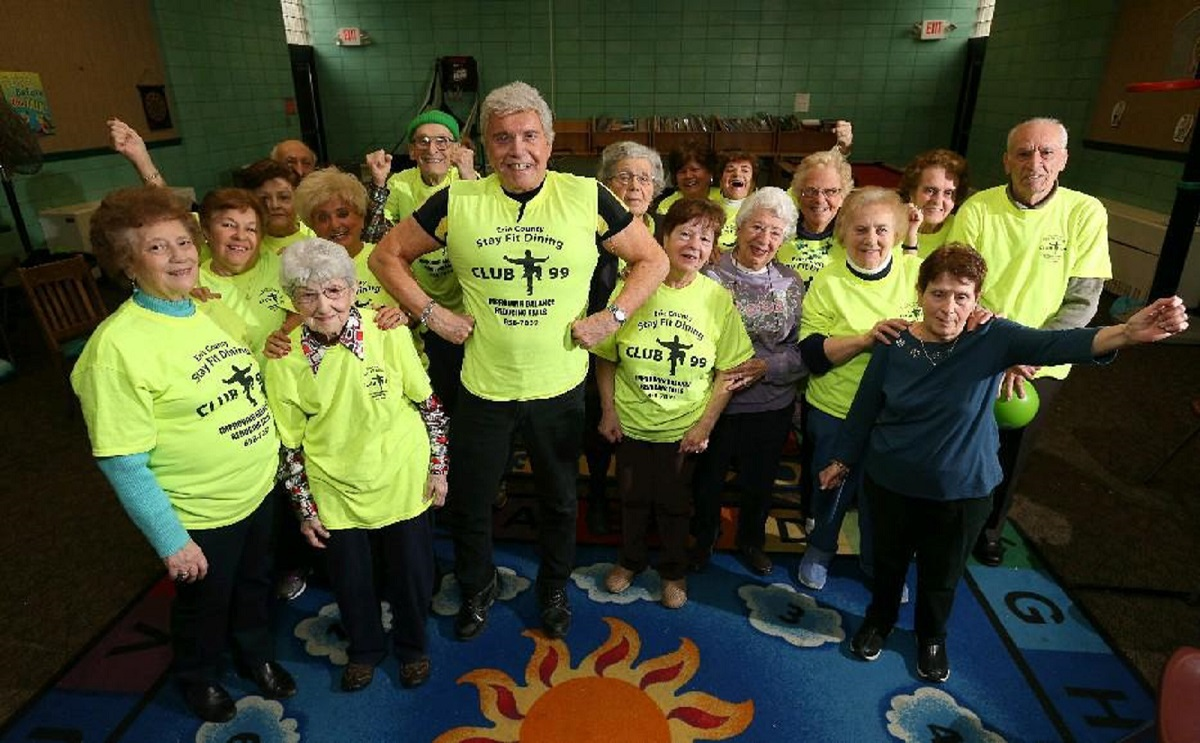 Richard Derwald, center, now 83, leads Erie County's Club 99 workout program for seniors to improve balance and reduce falls. He and those at the North Buffalo Community Center, are among those in the region who've inspired Refresh Editor Scott Scanlon during the last five years. (Sharon Cantillon/News file photo)