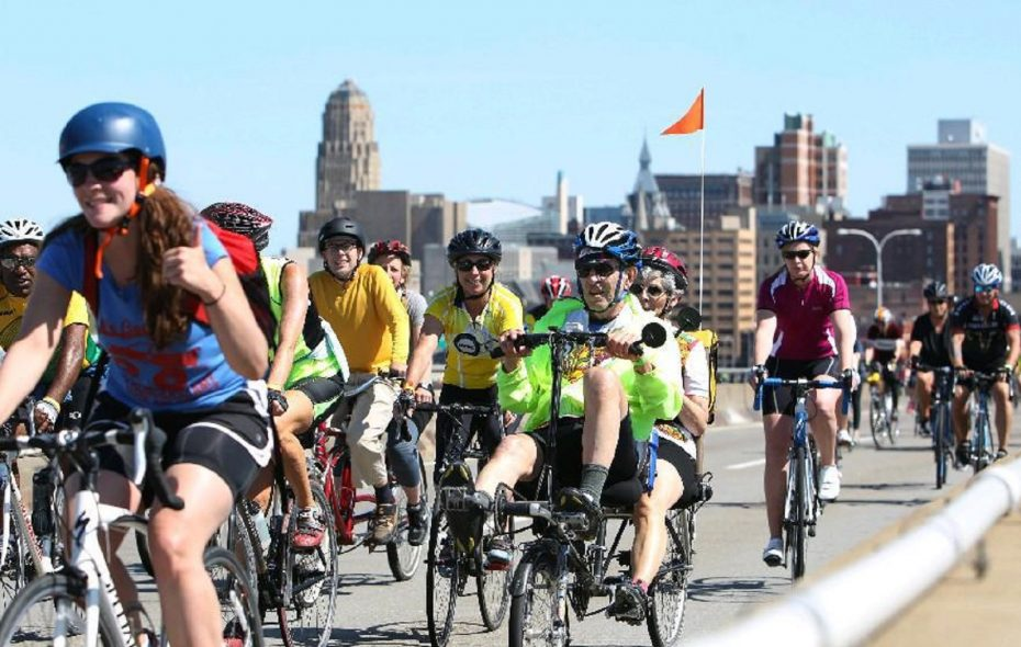 This spring's Skyride will include portions of two city expressways and Niagara Street. (Sharon Cantillon/News file photo)