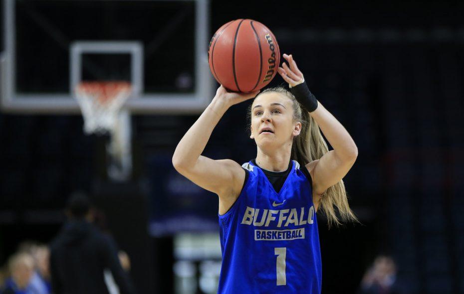Buffalo senior Stephanie Reid (Harry Scull Jr./Buffalo News)