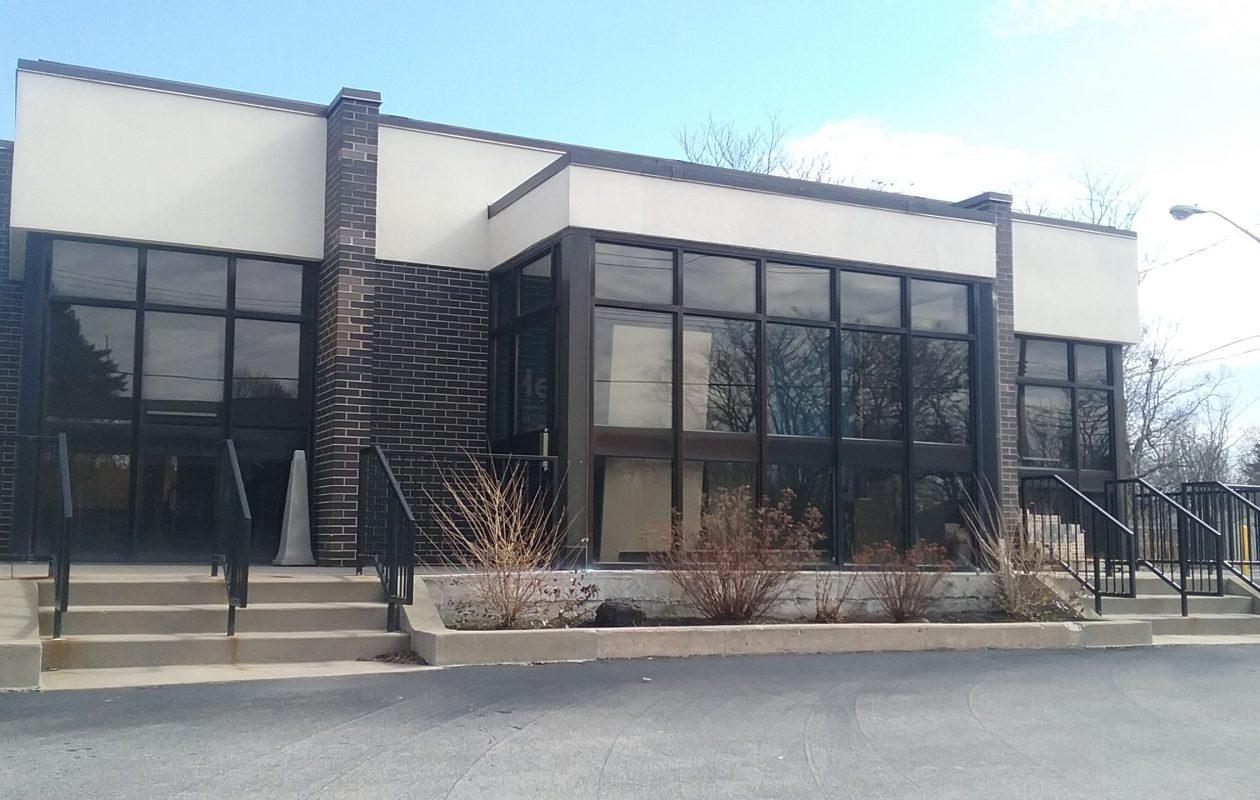 Steuben Trust will make this former First Niagara branch in Clarence its first Buffalo Niagara location. (Matt Glynn/Buffalo News)