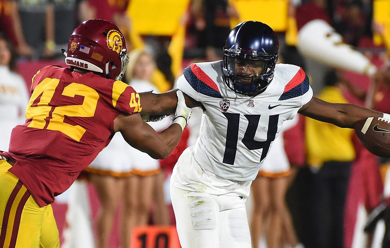 Southern California linebacker Uchenna Nwosu had 9.5 sacks in 2017. (Getty Images)