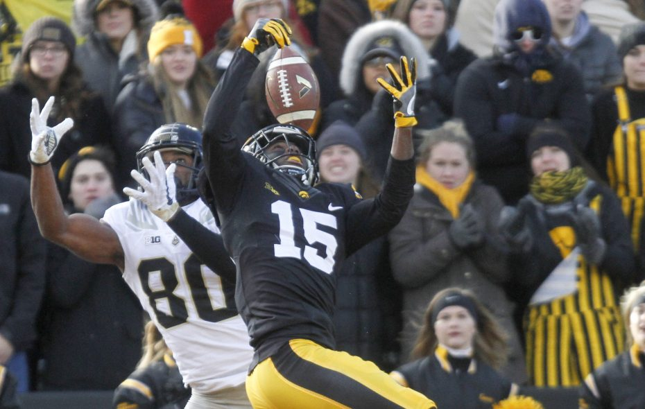 Former Iowa cornerback Josh Jackson is reportedly making a pre-draft visit to the Buffalo Bills. (Getty Images)