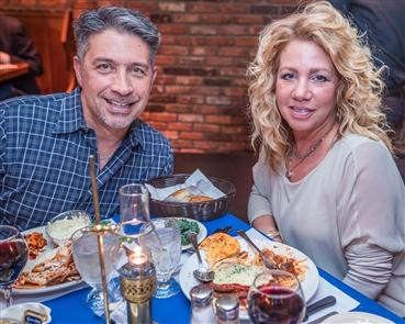Smiles at Local Restaurant Week in Williamsville