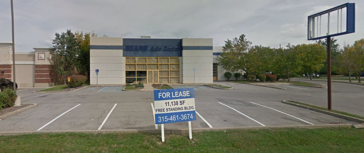 This photo shows the former Sears Auto Center at 1435 Niagara Falls Blvd., in Amherst, before Mavis Discount took over and renovated the store. (Photo courtesy Google Images)