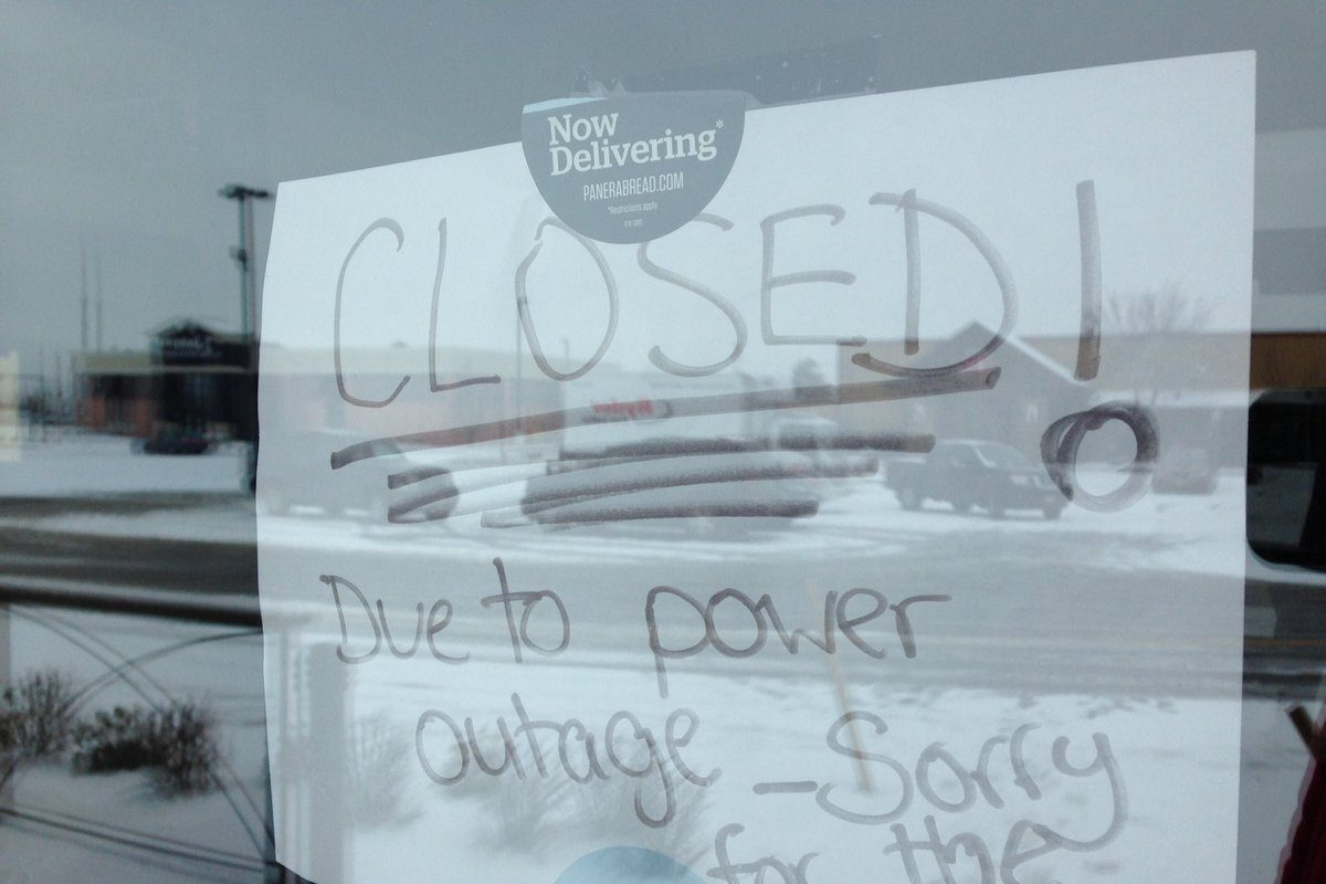 This is what no power looks like for businesses along Walden Avenue in Cheektowaga on April 6. Power went out about 4:15 p.m. April 4. (TJ Pignataro/Buffalo News)
