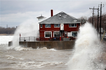 High winds deliver destruction, flooding across Western New York