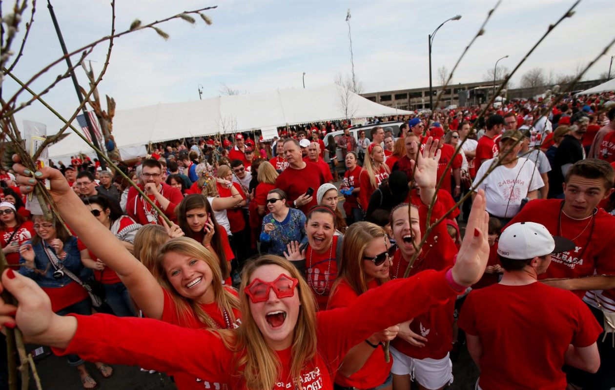 Today's the day to dig our your red and white. (Derek Gee/News file photo)