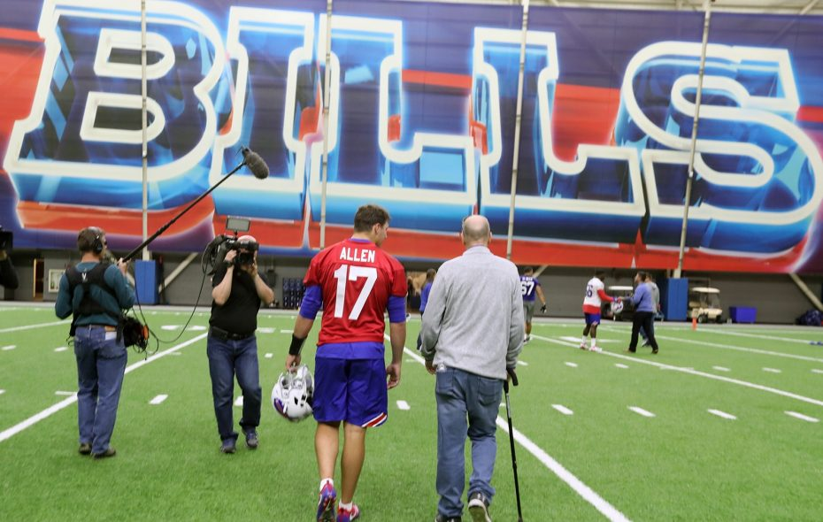 Bills rookie minicamp kicks off with a visit from Jim Kelly